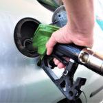 Benzina si motorina s-au ieftinit