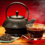 Pericolul ascuns din ceaiul negru. Stiai asta ?
