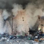 Centrală termică, televizor și mașină cuprinse de flăcări (Foto)