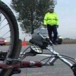 S-a răsturnat cu bicicleta și a ajuns la spital