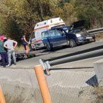 Ambulanta implicata intr-un accident ! Un motociclist la Urgente (Foto)