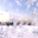 A nins în Maramures. Fulgii de zăpada s-au adunat într-un strat de 3 cm