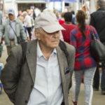 Este oficial ! Scade vârsta de pensionare !