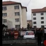 Protest … pentru fumat … la doua licee din Bistrita !