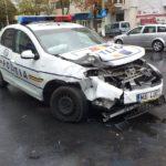 Mașina a Poliției implicata într-un accident. O victima