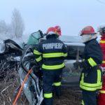 Accident cu doua victime incarcerate. Mașinile făcute praf (Foto)