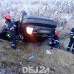 S-au rasturnat cu mașina în șanț. O femeie ranita (Foto)