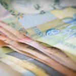 Ce se întâmplă cu moneda națională după nivelul record