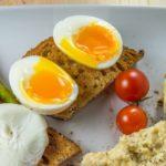 Consumati oua cu prudenta. Situatiile in care pot deveni un pericol