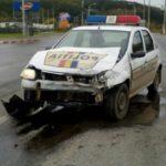 O masina a Politiei, implicata intr-un accident