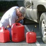 A furat benzina. Polițiștii l-au reținut