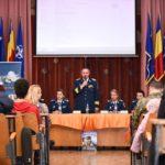 """Forțele Aeriene Romane au vizitat azi Colegiul Național """"Ioan Slavici"""" din Satu Mare (Foto)"""