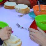 "Doua scoli din Maramures cuprinse in programul ""Masa calda"""