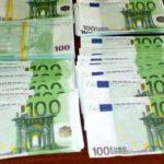 Perchezitii la falsificatorii de bani. Ce au găsit mascatii