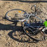 Biciclist acroșat de o mașina. Șoferul vinova, a fugit de la locul faptei