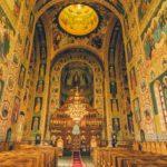 """Biserica Ortodoxa: """"Biserica nu intra în carantina ... Coronavirusul nu se ia prin rugăciune"""""""