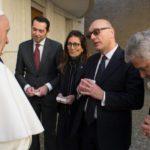 Papa Francisc a donat cinci ventilatoare pentru bolnavii de Covid-19 din România