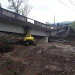 Pod surpat la Valea Draganului ! Muncitorii au sapat prea mult ! (Foto)