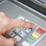 Patru romani au furat sute de mii de euro din bancomatele din Germania