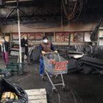 Supermarket distrus într-un incendiu