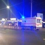Ambulanța implicata într-un accident la Metro