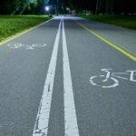 Se cere eliminarea limitei de viteză pentru bicicliști