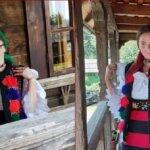 Două eleve din Sighet promovează ecoturismul din Maramureș