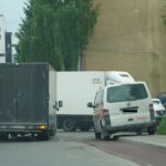 Mașinile parcate pe pistele de cicliști inscripționate vor fi ridicate